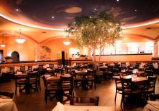 Dining room at galos