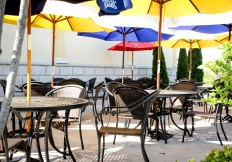 Dining outside at galos